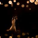 Lichtfabriek Oliehuis Huwelijk Bruidspaar Tussen Rijstbollampen